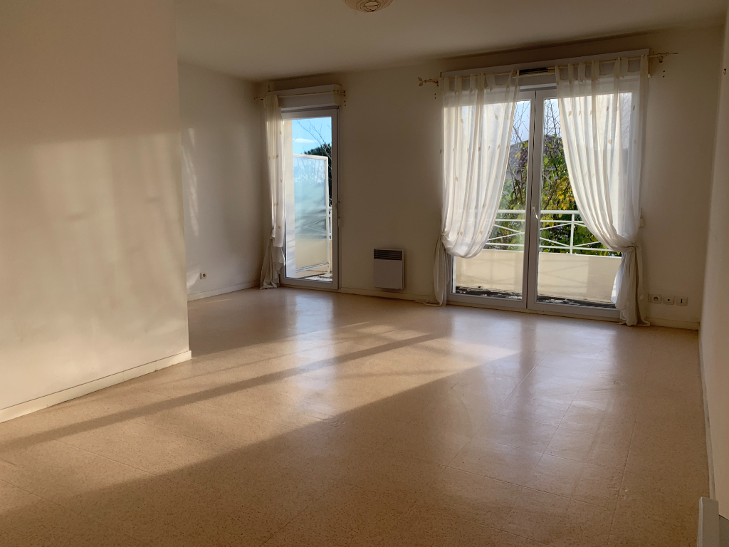 Appartement T2 GUEZY 2/5