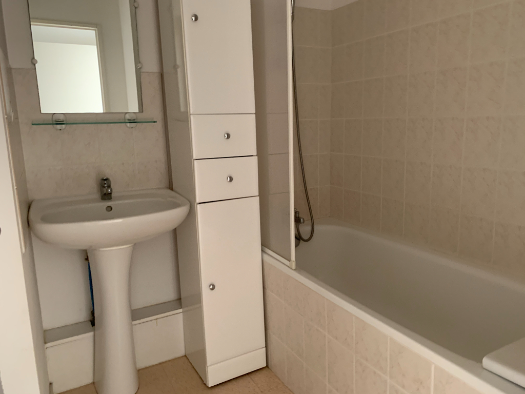 Appartement T2 GUEZY 4/5